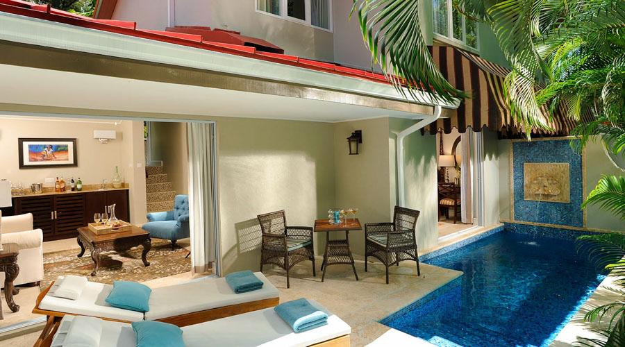 Honeymoon Oceanfront Villa Suite With Private Pool