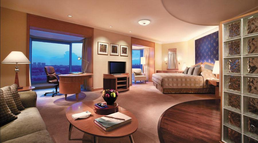 Tower Wing Horizon Club Premier Room.