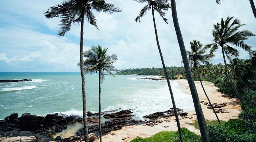 tangalle beach outskirt view