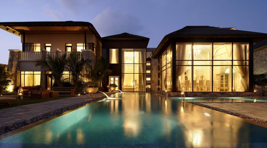Sofitel the palm dubai luxury holidays for Luxury holidays in dubai